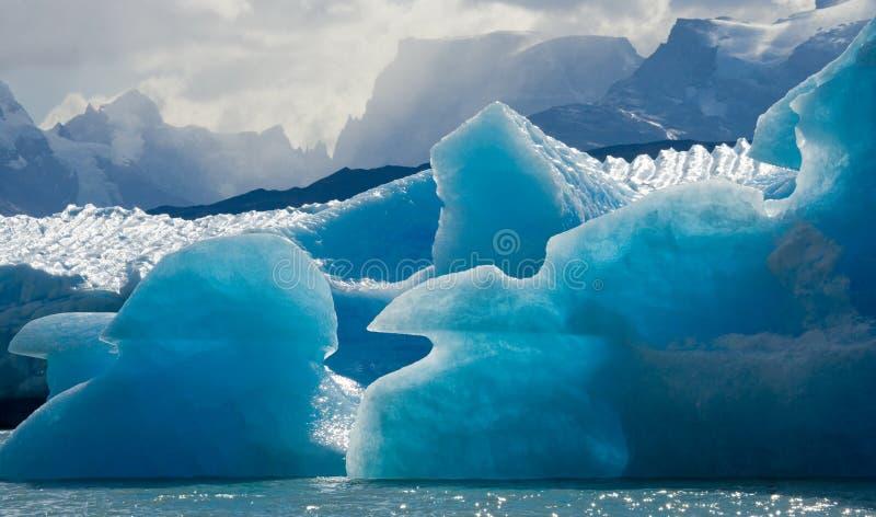 Góry lodowa w wodzie lodowiec Perito Moreno Argentyna obraz royalty free