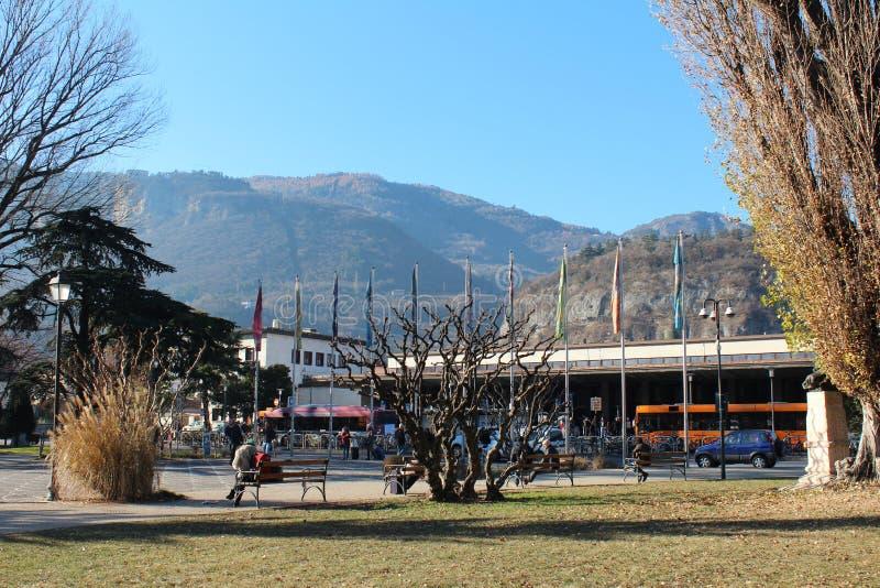 Góry miasta widok w Trento, Włochy obraz stock