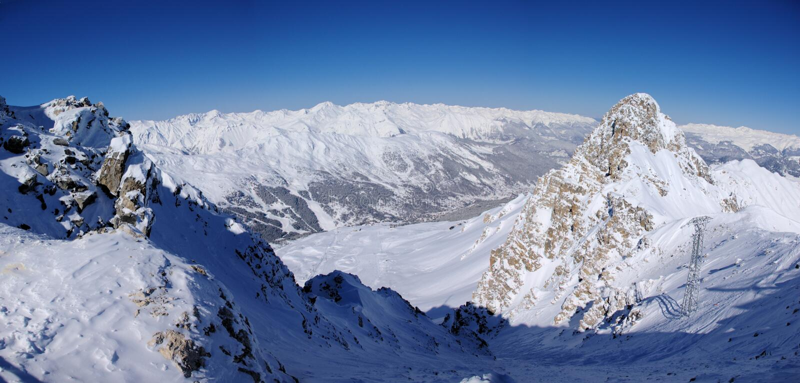 góry panoramiczna zimy. zdjęcia stock