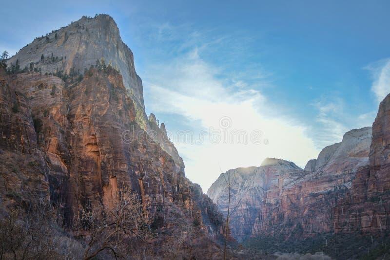 Góry przy Zion parkiem narodowym zdjęcie royalty free