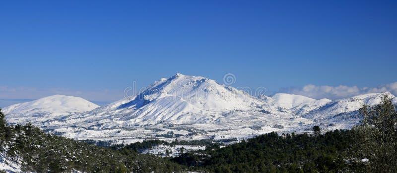 góry snowed obrazy royalty free