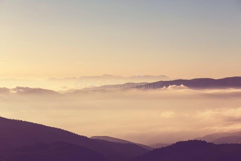 Góry sylwetka zdjęcie stock