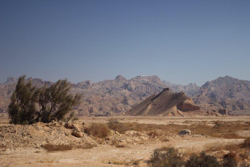 Góry wzdłuż Perskiej zatoki w Iran obraz stock