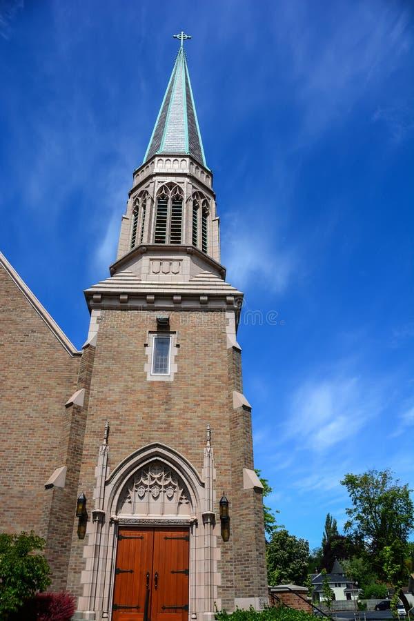 Gótico, iglesia del ladrillo en Bellingham, Washington fotos de archivo