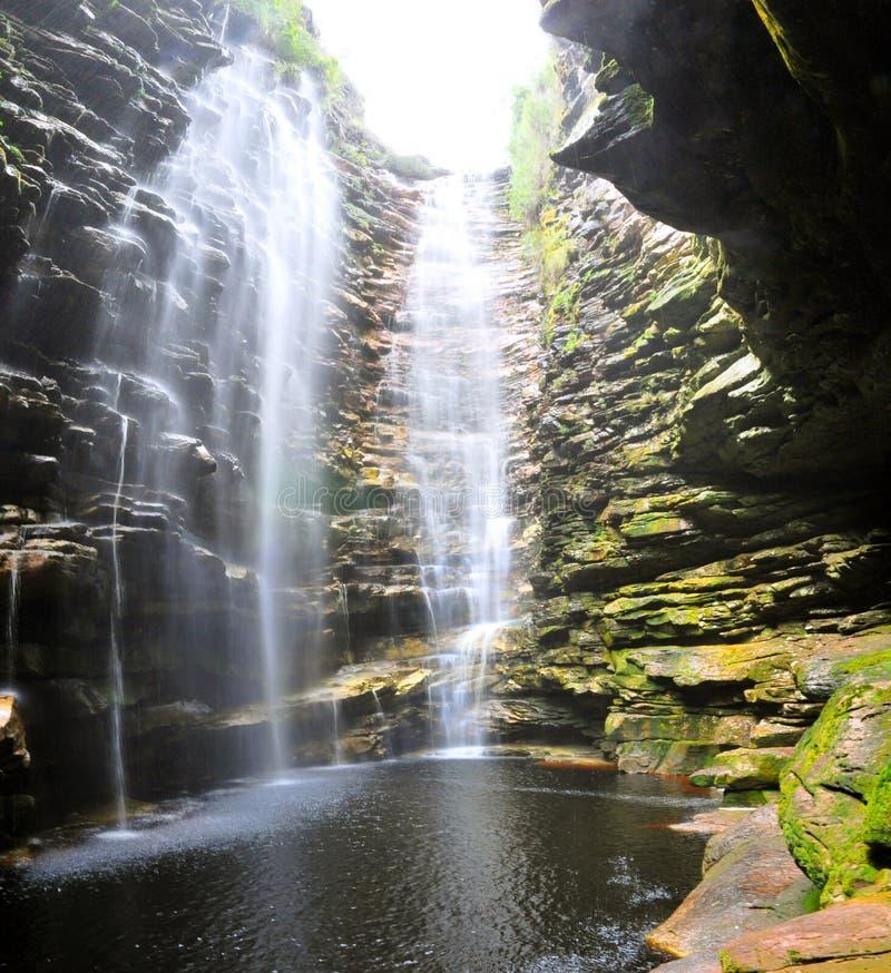 gömd vattenfall royaltyfri foto