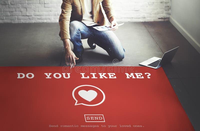 Gör dig gillar mig? Valentine Romance Heart Love Passion begrepp royaltyfria bilder