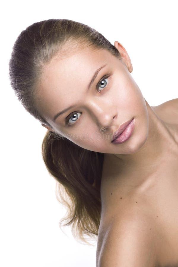 Gör ren skönhetståenden av en ung flicka royaltyfria foton