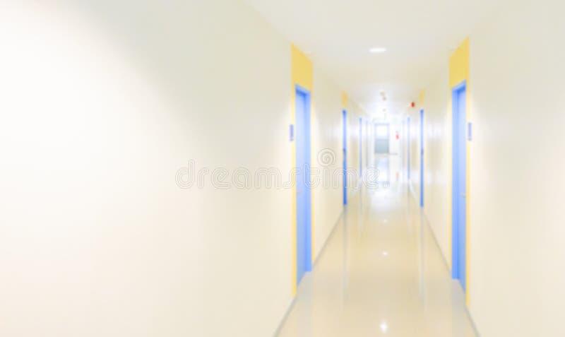 Gör suddig hallbegreppet för hotell, sjukhus, kontor, dorm eller lägenhet royaltyfri fotografi