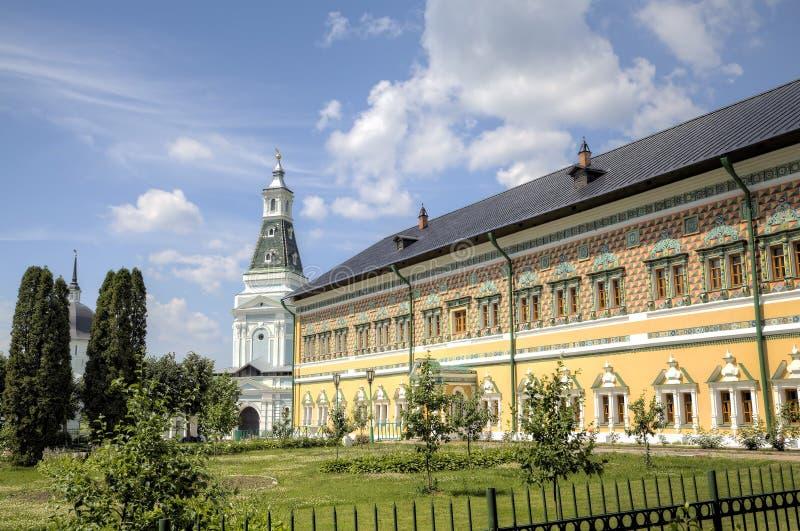 Gör till kung `-slottar St Sergius Lavra för helig Treenighet arkivfoto