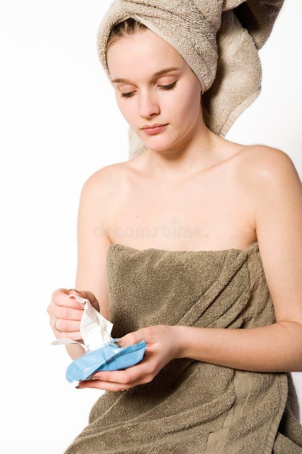 göra henne ren hudkvinnabarn royaltyfri bild