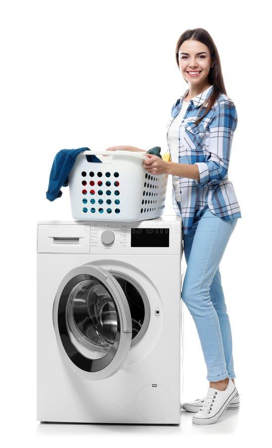 göra tvätterikvinnabarn royaltyfri foto