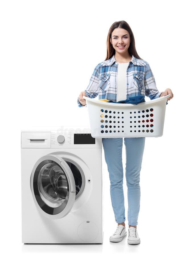 göra tvätterikvinnabarn royaltyfria foton