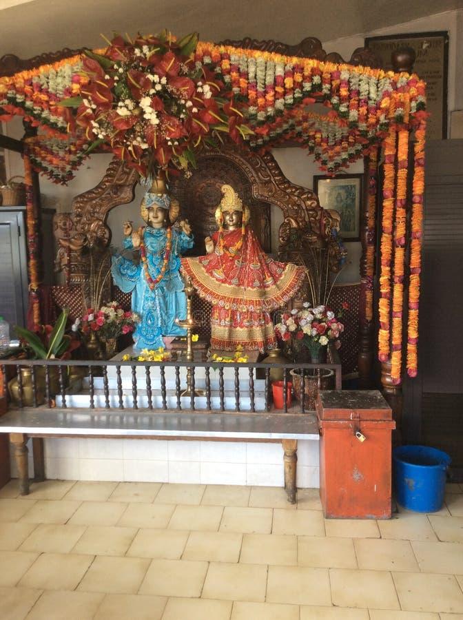 Göttliche Skulptur in einem hindischen Tempel auf der Insel von Mauritius lizenzfreies stockbild