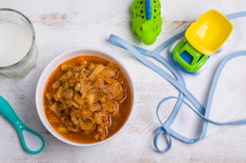 Gęsta polewka dla dziecka jedzenia fotografia stock