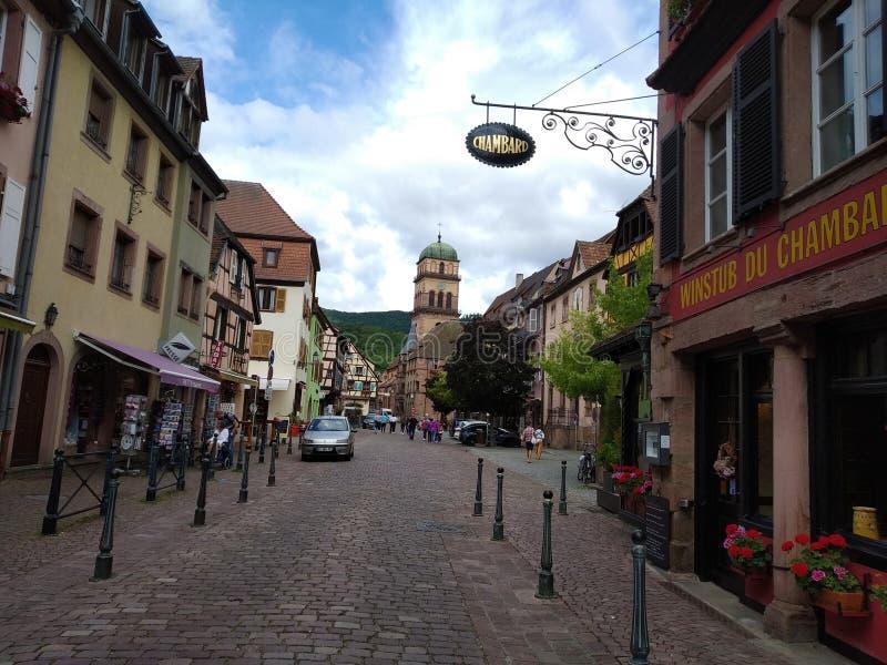 Główna ulica Kausesberg, Alsace wino trasa fotografia stock
