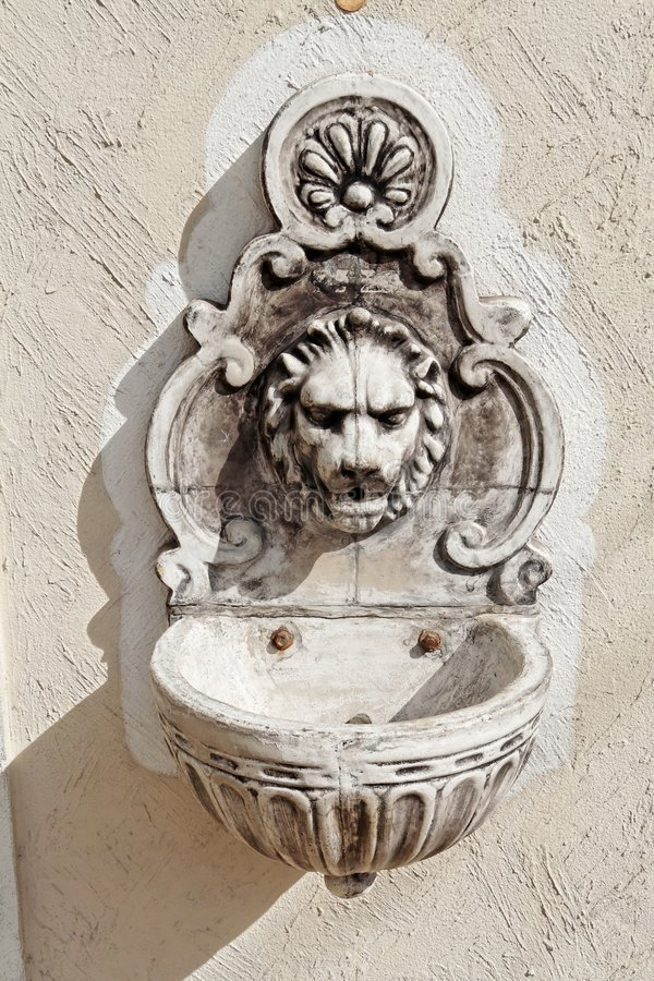 główny lwy fontanna zdjęcia royalty free
