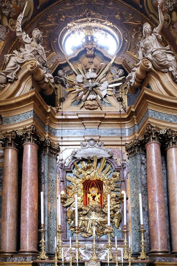 Główny ołtarz w bazylice Di San Petronio w Bologna, Włochy zdjęcie stock