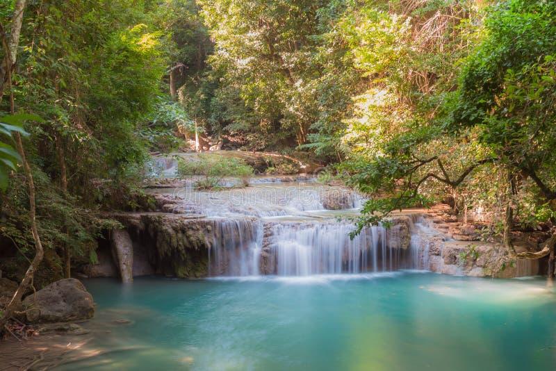 Głęboka lasowa siklawa przy pozioma 3 Erawan siklawy parkiem narodowym, Kanjanaburi Tajlandia zdjęcie royalty free