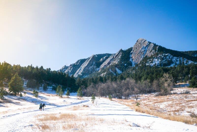 Głazów flatirons w śniegu zdjęcie royalty free