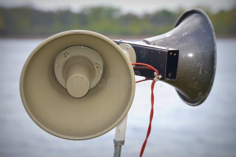 Głośni mówcy jeziorem obrazy royalty free
