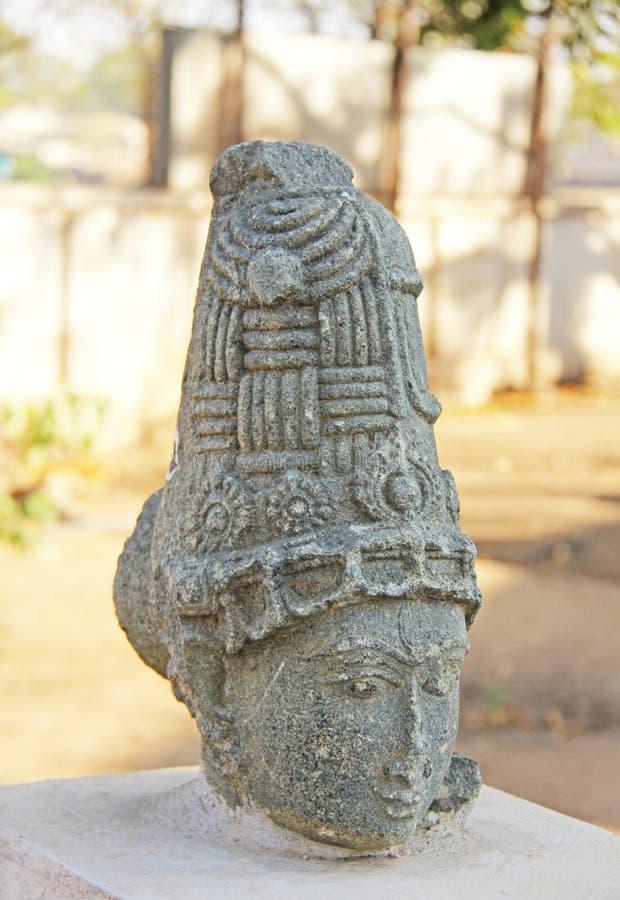 Głowa kobieta, antyczna statua w na otwartym powietrzu muzeum wewnątrz obrazy royalty free