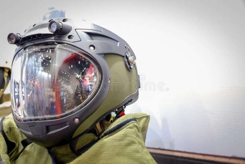 Głowa strzelająca wojsko Astronautyczny kostium obrazy stock