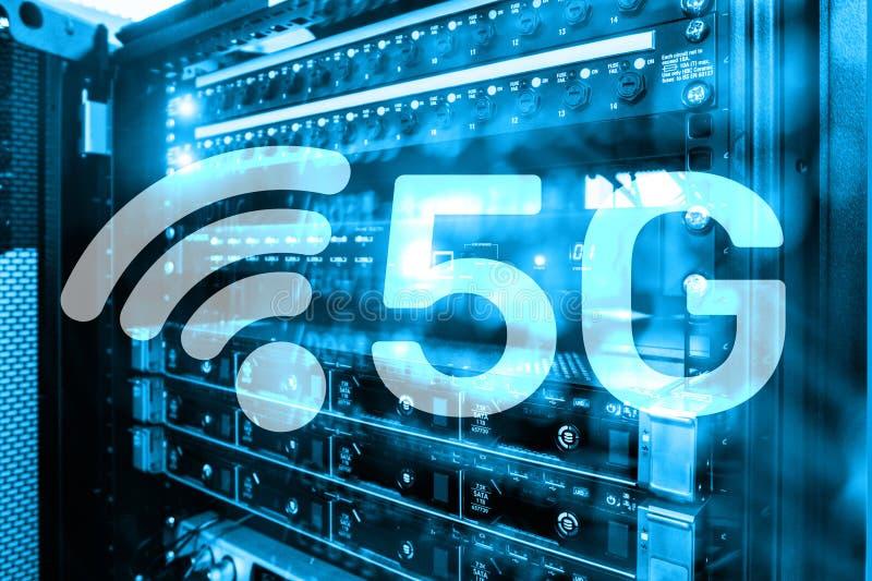 5G голодают концепция технологии беспроволочной связи интернет-связи передвижная Будущая технология связей стоковые фото
