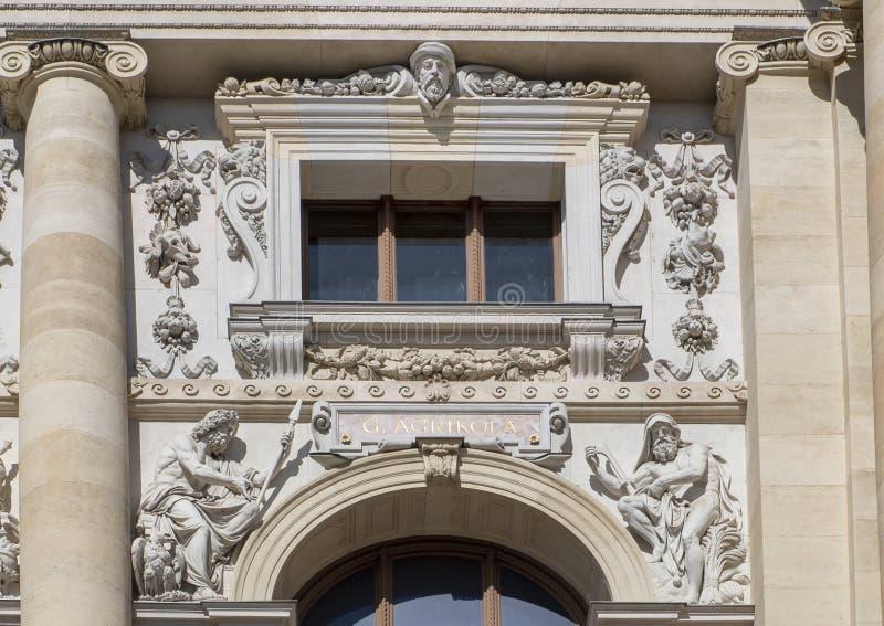 g Agrikola由罗斯内,自然历史博物馆的前面,玛丽亚Thiersien普拉茨,维也纳,奥地利雕刻了 免版税库存图片