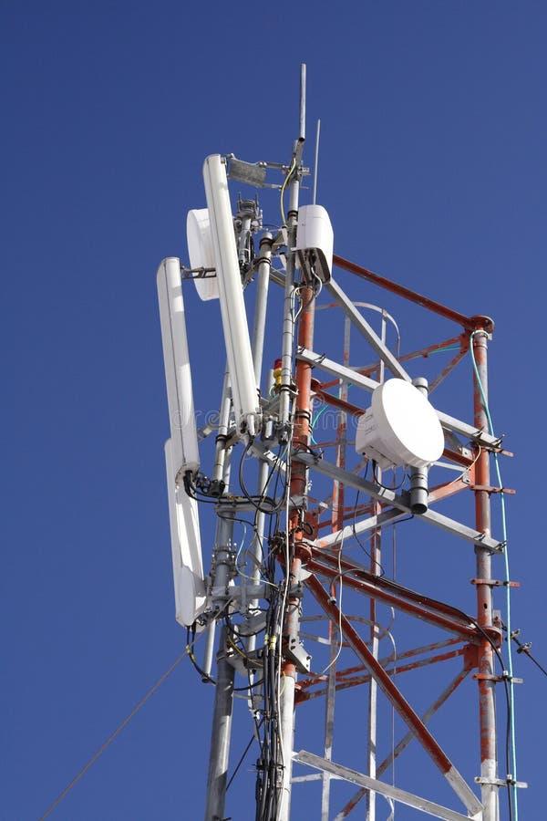 G-/Mpol im blauen Himmel lizenzfreies stockfoto