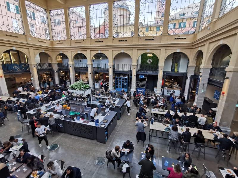G?NOVA, ITALIA - 18 DE MAYO DE 2019 - el nuevo mercado de MOG est? abierta al p?blico fotos de archivo libres de regalías