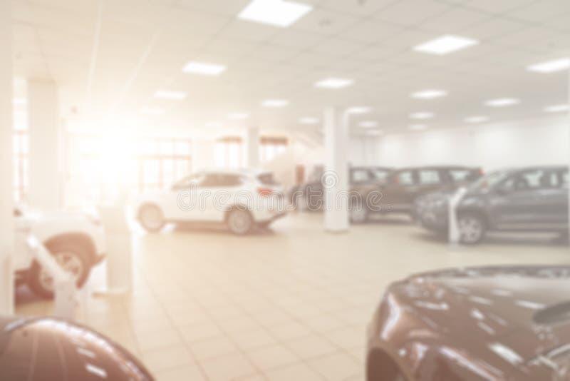 G?r suddig bakgrunden av bilen fotografering för bildbyråer