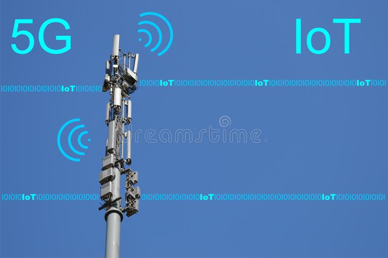 5G redes celulares - conceito futuro da tecnologia da rede móvel Internet das coisas, IoT imagem de stock