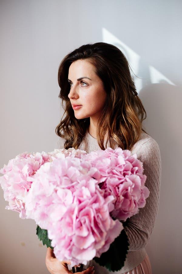 Gałąź różowa hortensja fotografia royalty free