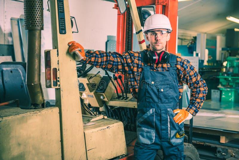 Gabelstapler-Hochleistungsarbeit stockfoto