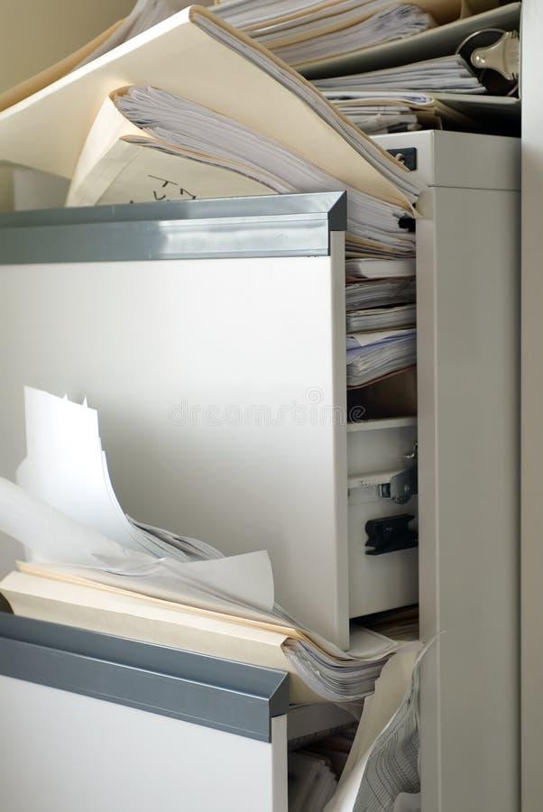 Gabinete de arquivo enchido imagem de stock royalty free