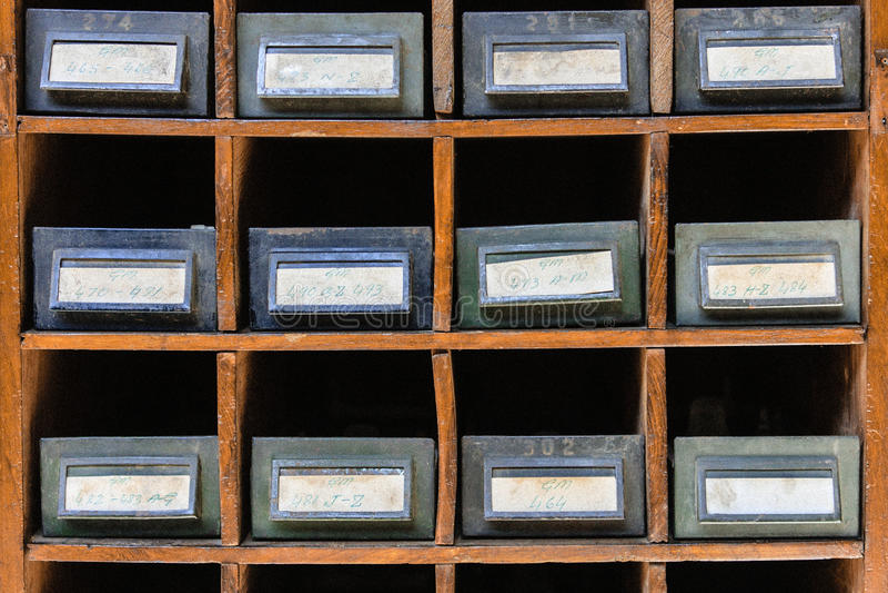Gabinete de fichero viejo fotografía de archivo libre de regalías