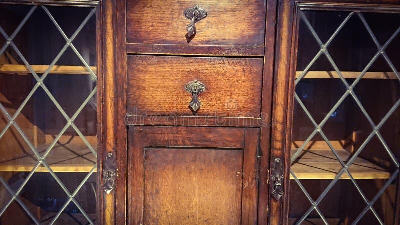 Gabinete del siglo XVIII foto de archivo libre de regalías
