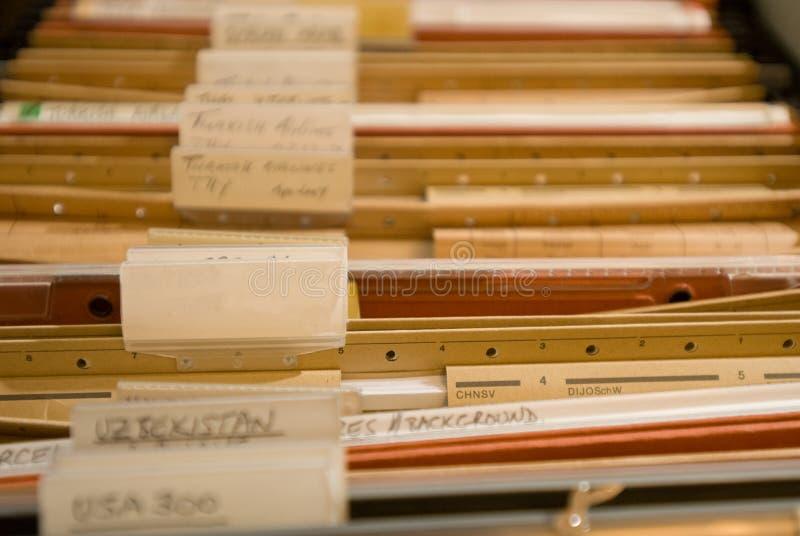Gabinete velho do dobrador imagens de stock royalty free