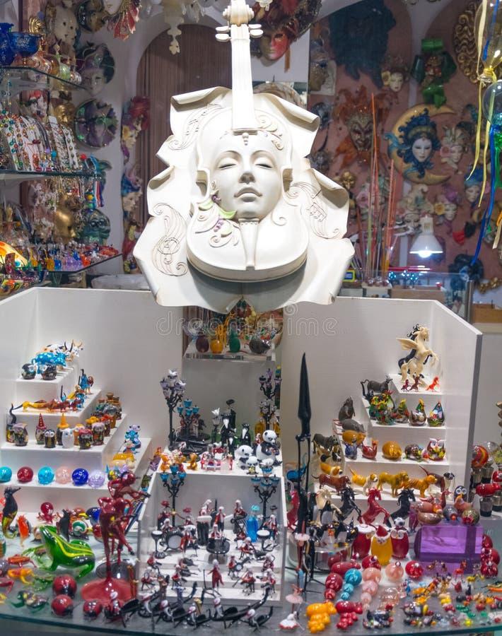 Gablota wystawowa pamiątkarski sklep w Włochy zdjęcia royalty free