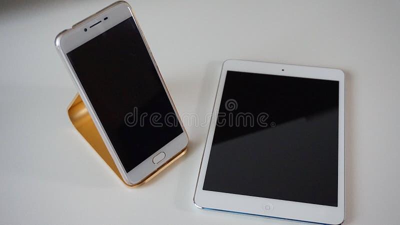 Gadget, Mobile Phone, Communication Device, Electronic Device Free Public Domain Cc0 Image