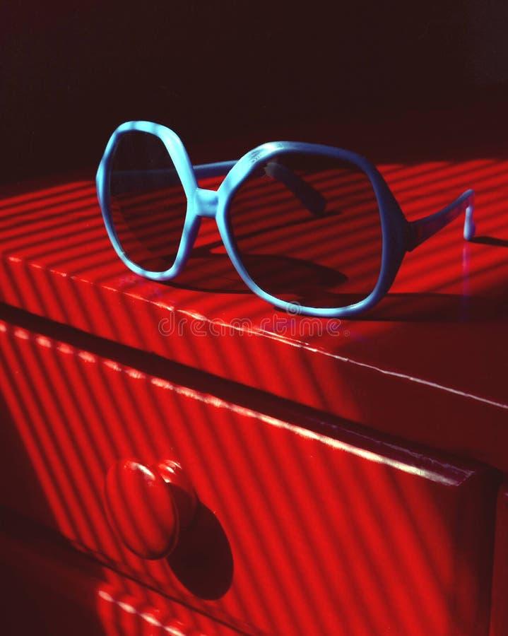 Gafas de sol azules fotografía de archivo