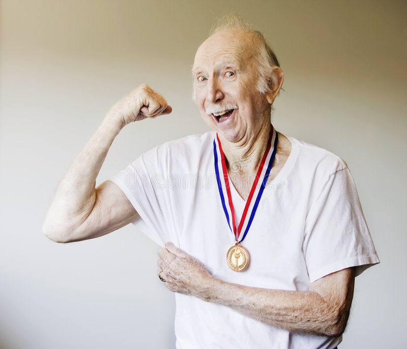 Gagnant de médaille de vieillard image libre de droits