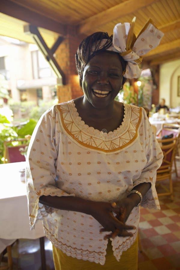 Gagnant du prix de paix Nobel, Wangari Maathai lors de la réunion d'hôtel de la Norfolk à Nairobi, Kenya, Afrique images libres de droits