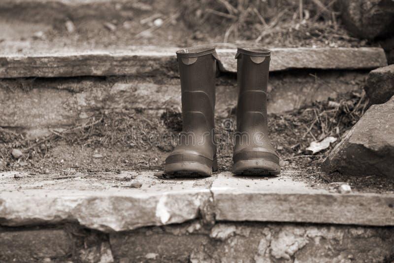Gaines de pluie des enfants image libre de droits
