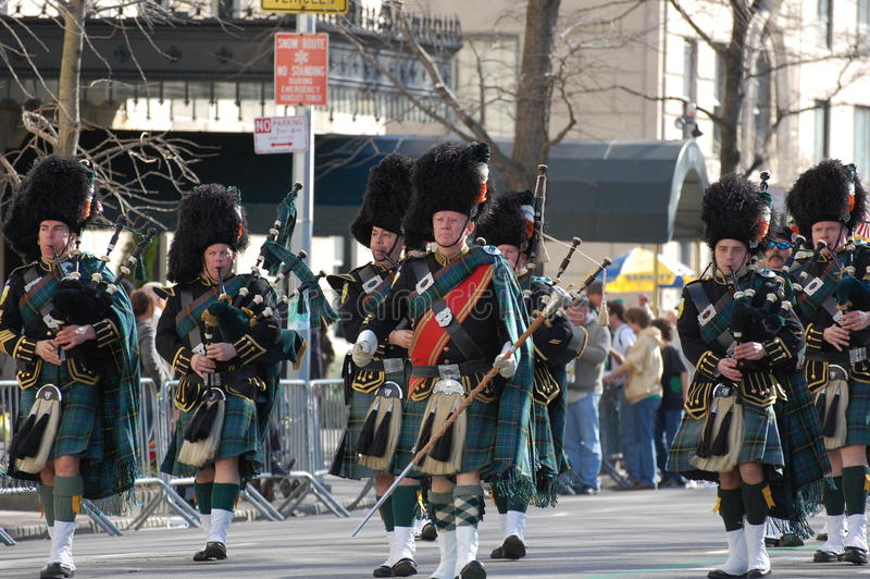 Gaiteiros na parada do dia do St. Patrick de New York fotografia de stock