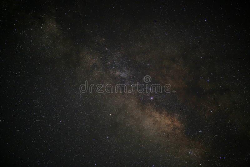 Galáxia da Via Látea do espaço do universo com muitas estrelas na noite, fotografia da astronomia fotos de stock royalty free