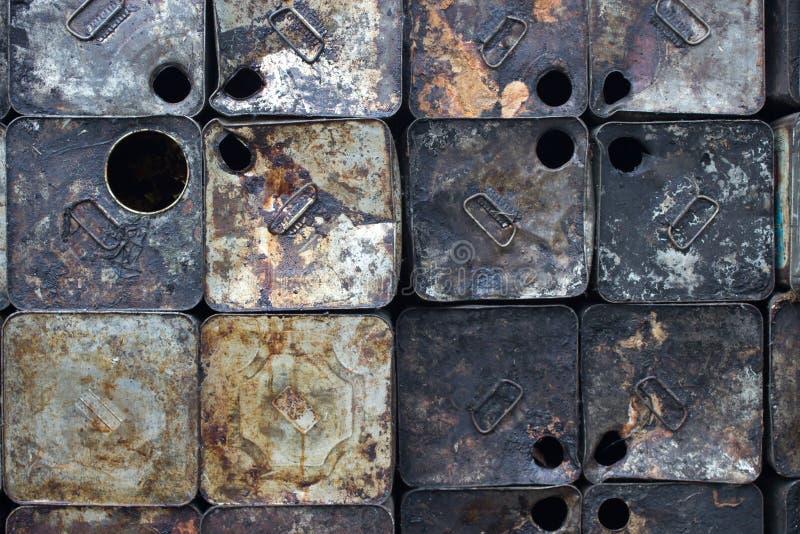 Galão velho do petróleo foto de stock
