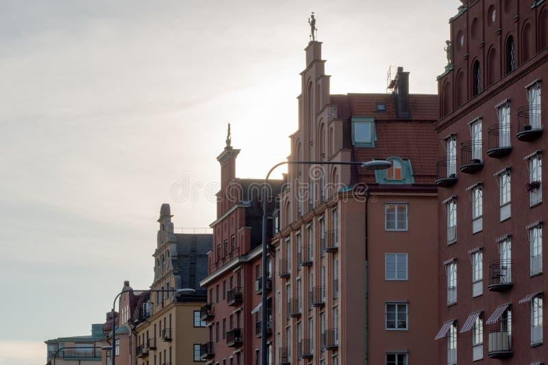 Galande-klev gavelhus på Norr Mälarstrand i Stockholm, Sverige arkivbilder