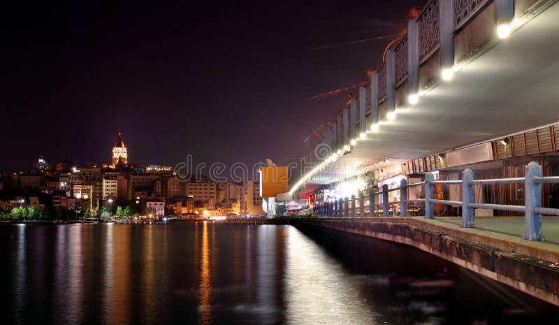 Galata Brücke und Galata Kontrollturm lizenzfreies stockbild