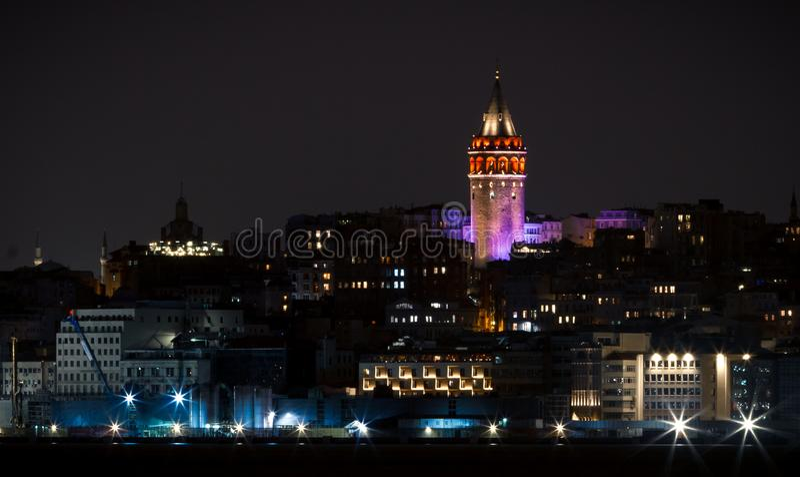 Galata Kontrollturm in Istanbul, die Türkei lizenzfreie stockfotos
